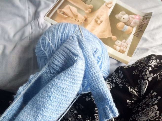 It might not LOOK like hospital, but I did manage to capture a photo of my knitting on the hospital bed.