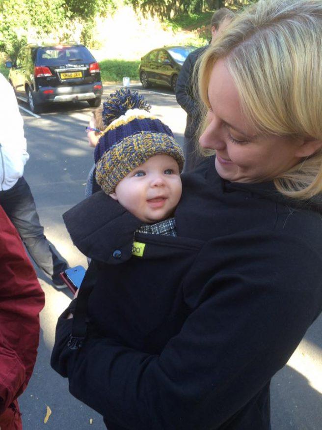 babycarrying hoody