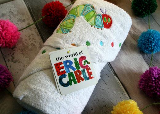 Eric Carle robe