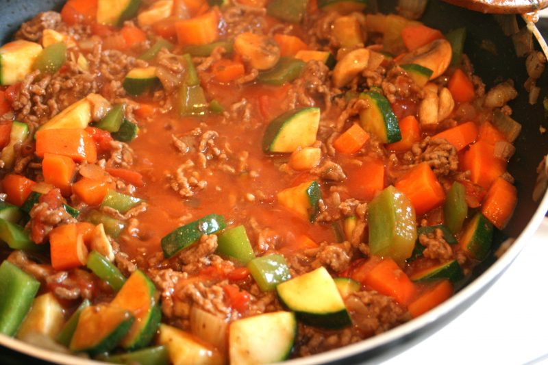 Bolognese sauce cooking nicely