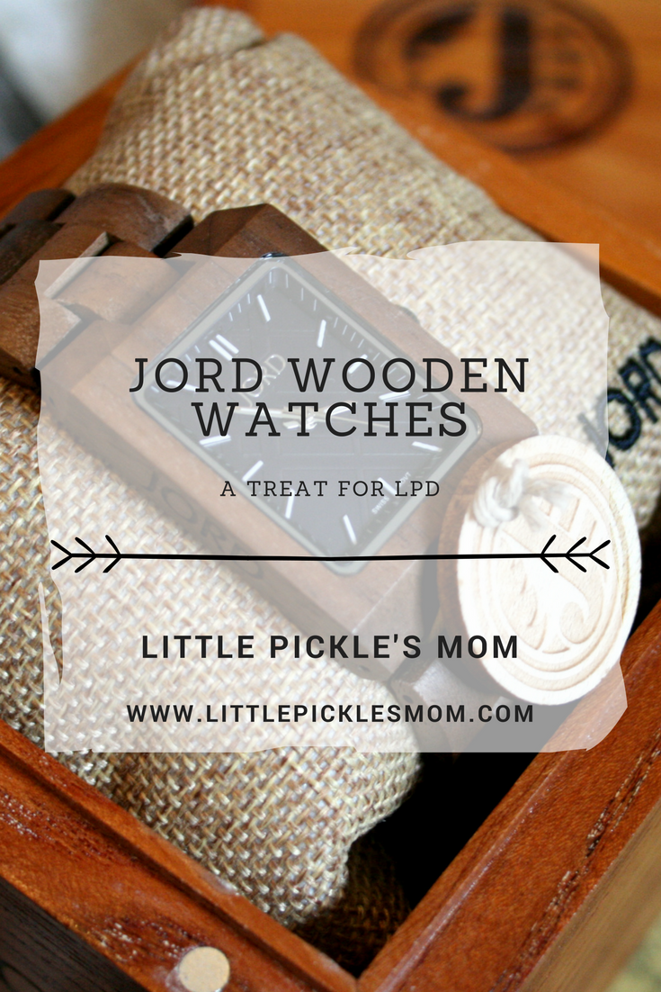 Men's Wooden Watches with Jord - Reece in Walnut and Navy
