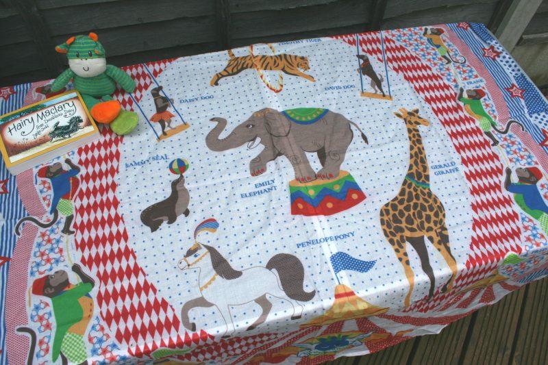 Circus Muslin Wrap