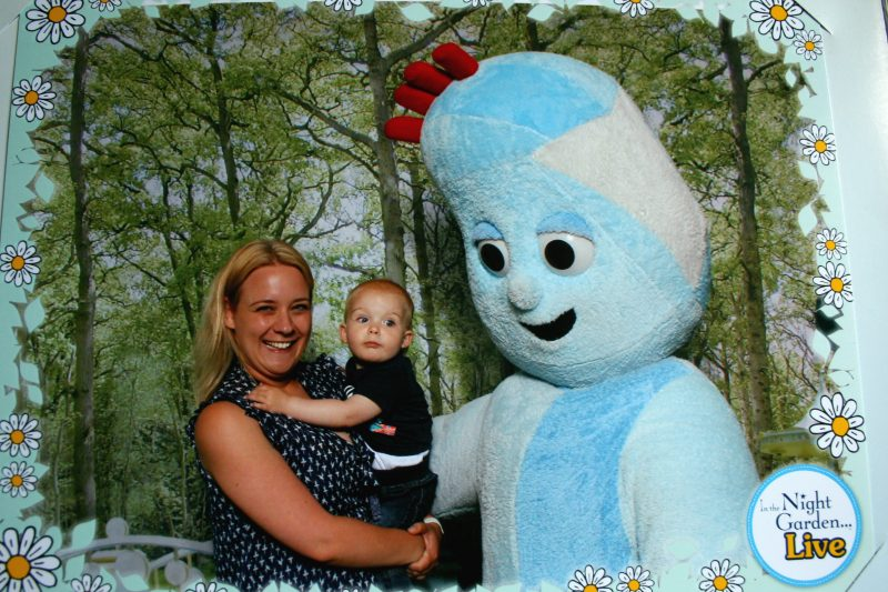Meeting Iggle Piggle at In the Night Garden Live