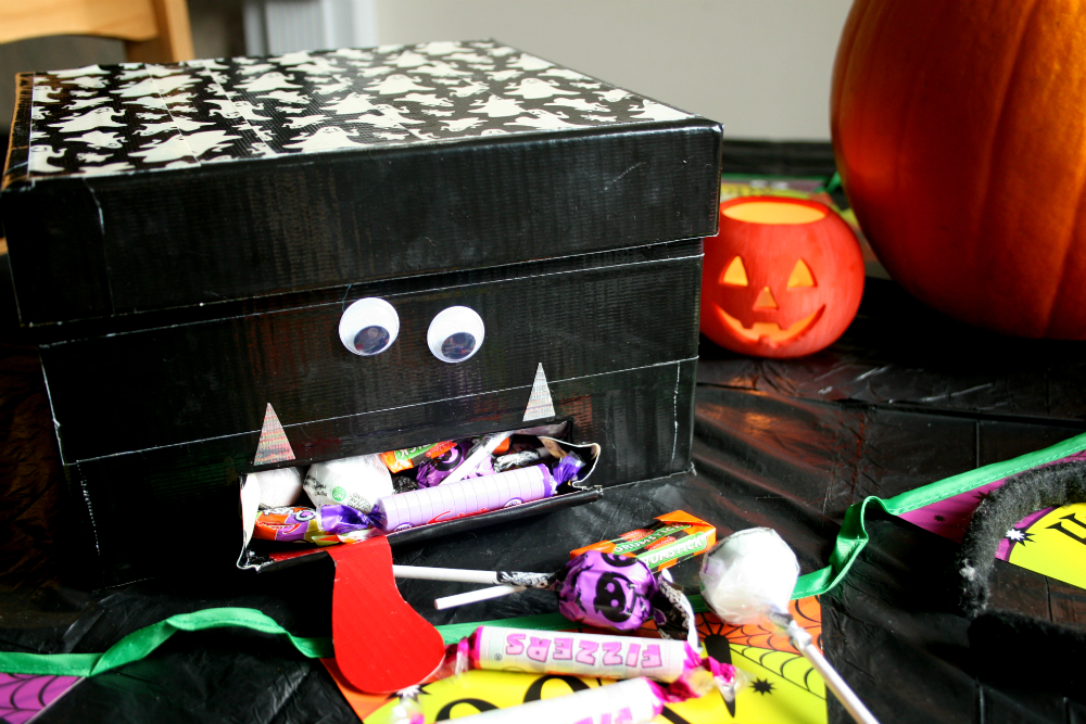 Halloween Sweet Dispenser with Duck Tape