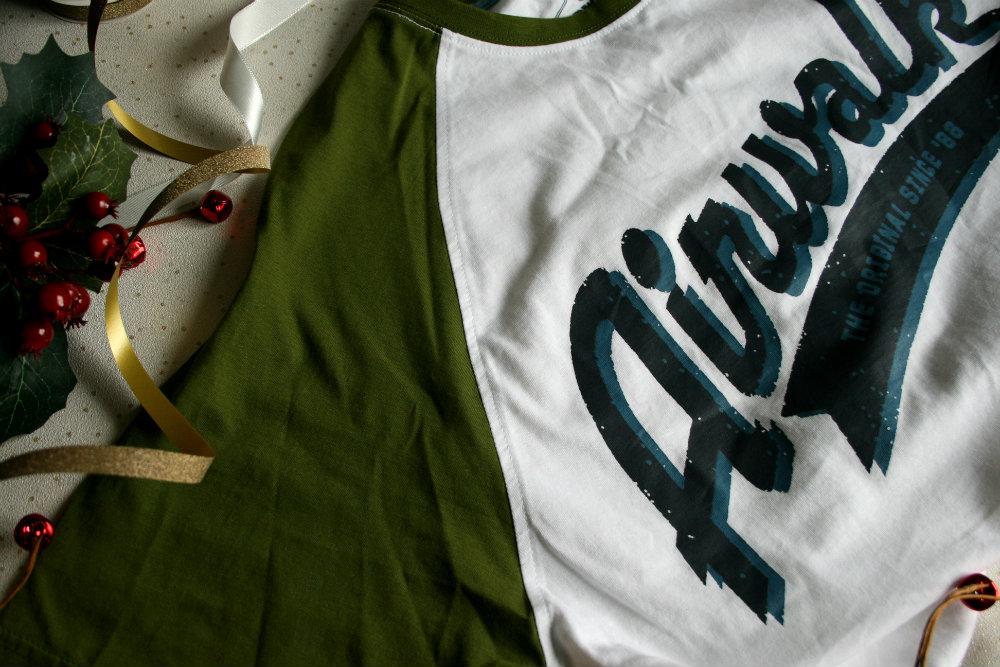 Airwalk Tshirt with Raglan Sleeves