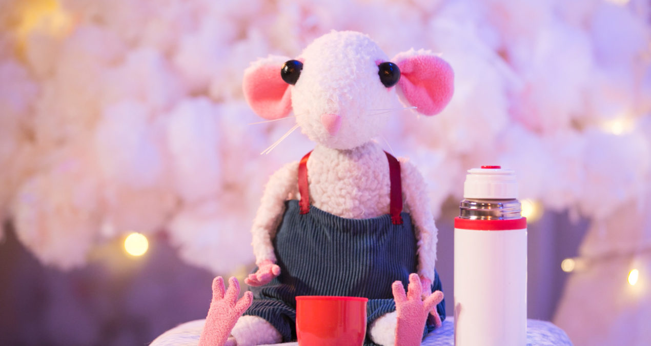 Theatre Review: Snow Mouse – Travelling Light at Warwick Arts Centre