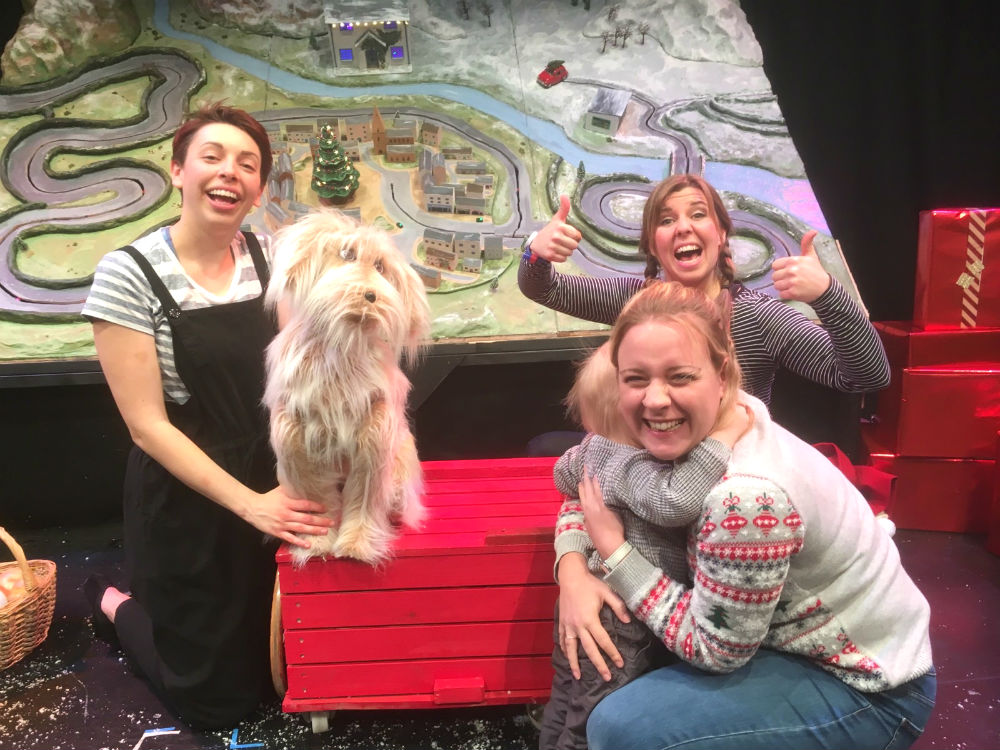 Home for Christmas photo opportunity at the end of the performance - Pickle didn't want to sit on the car!