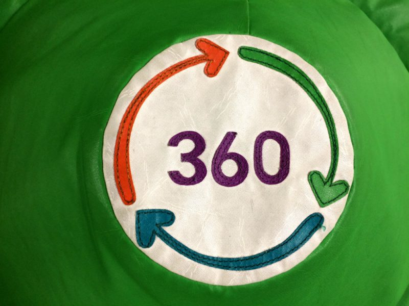 360 Play Logo on the soft play equipment