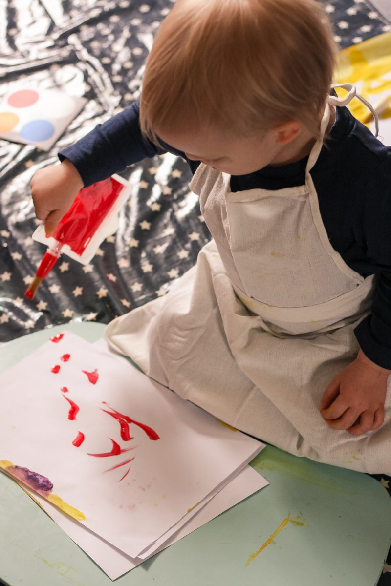 Really easy painting with the DoddleArt box wearing his apron