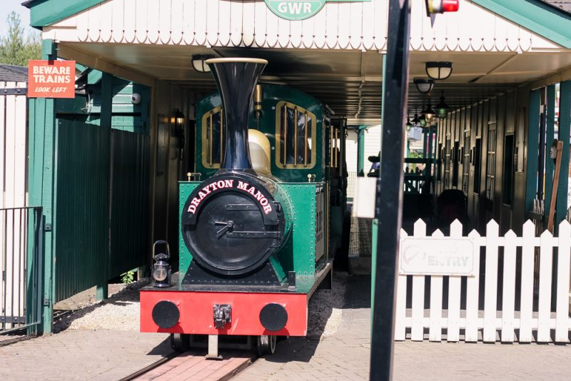 The main train at Drayton Manor in the station