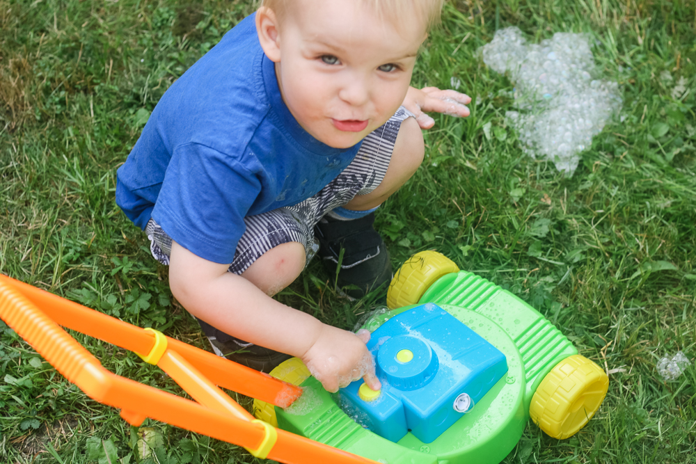 No need for a lawnmower with artificial grass