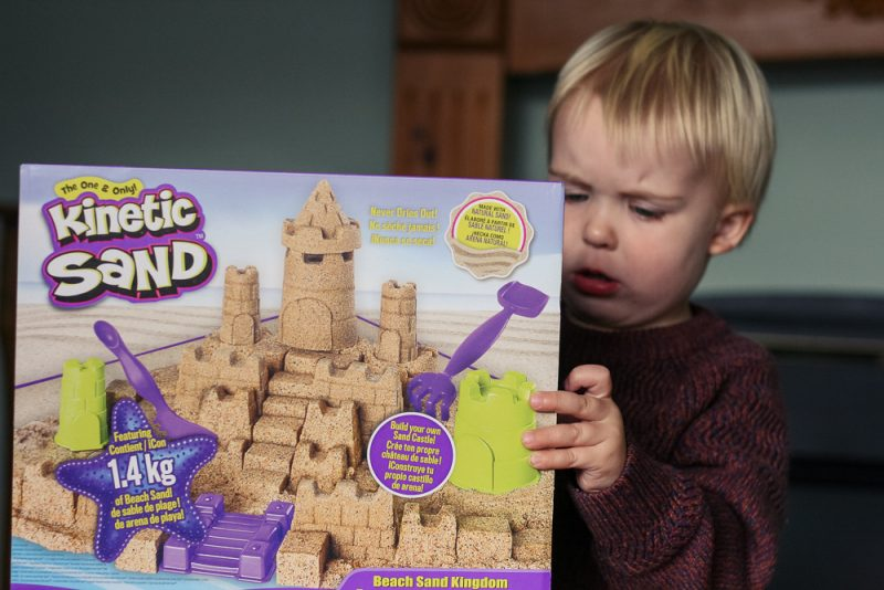 The Kinetic Sand Beach Sand Kingdom Box