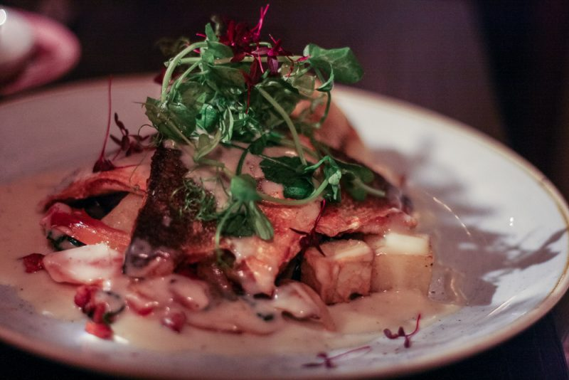 Pan-fried Sea Bass Fillets with potatoes and white wine voloute