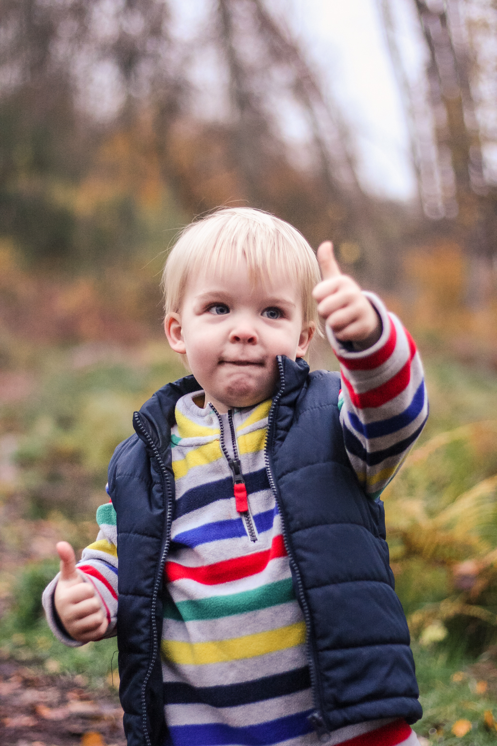 Pickle practicing his thumbs up along the Nature Trail at Center Parcs