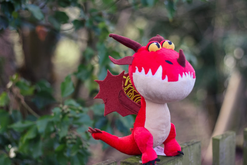 Hookfang dragon in some Holly bushes