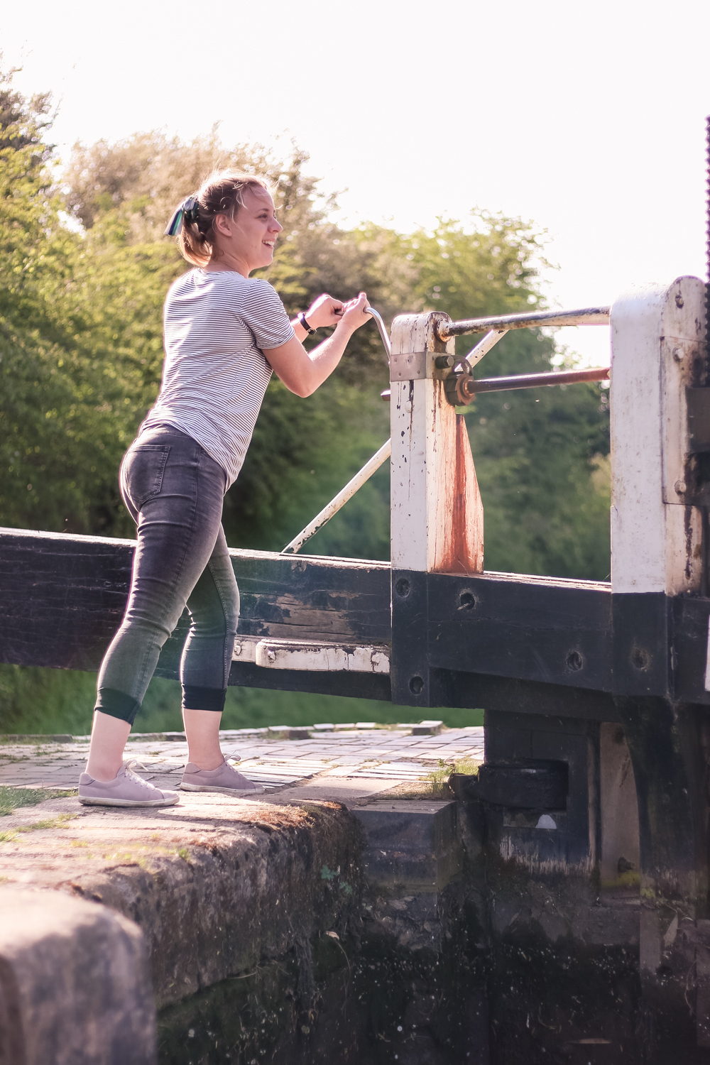 Holly opening a lock on the Grand Union canal