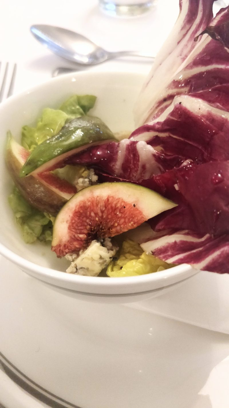 Fig, honey and blue cheese salad
