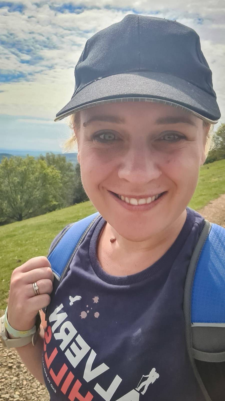 Happy Selfie wearing a custom Gosshawk tshirt for the Malvern Hills End to End and Back challenge